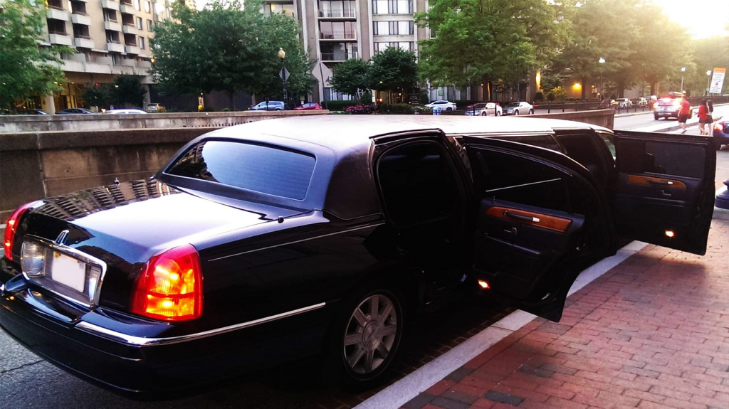 Receive Having A Full-Fledged Limousine Service