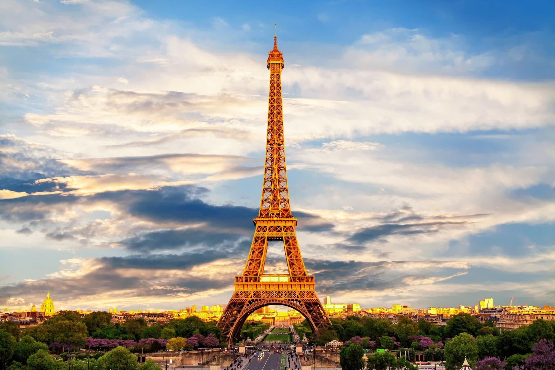 Romantic Places in Paris